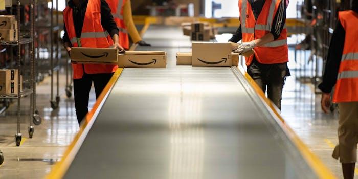 Amazon Warehouse Worker Dies Coronavirus