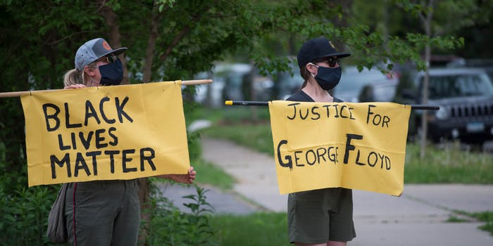protesters for george floyd