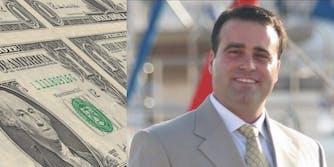 Yaron Oren-Pines in front of money