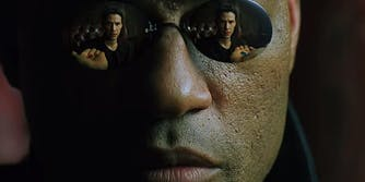 Morpheus offers Neo blue or red pills