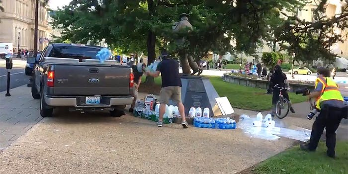 louisville police steal and destroy supplies