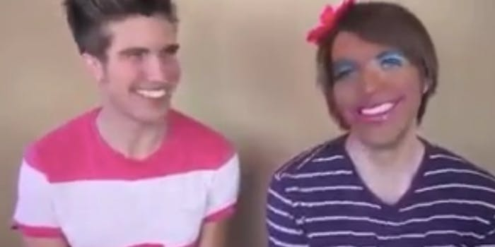 Joey Graceffa Shane Dawson putting on blackface