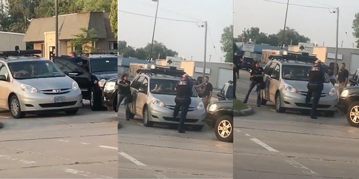 kenosha-police-swarm-car