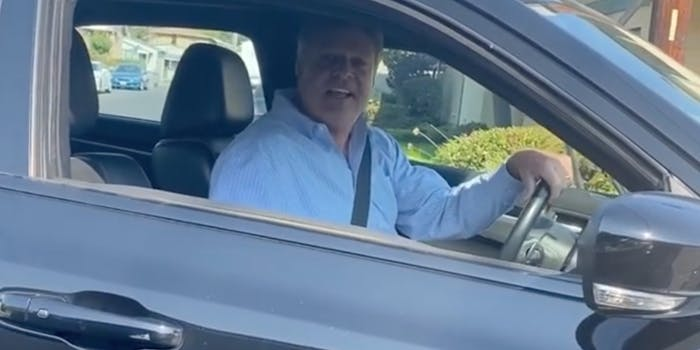 White man who reportedly introduced himself as off-duty cop seen hurling N-word at Black driver