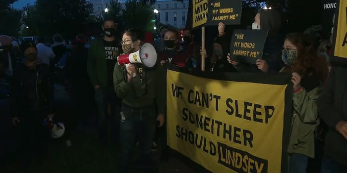 Lindsey Graham Protests RBG