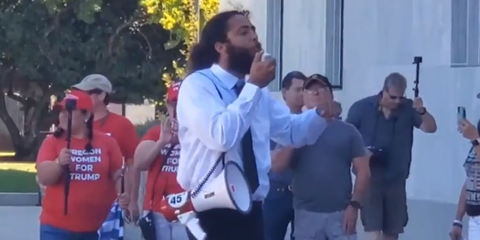 trump preacher on megaphone calls for democrats to be shot dead in the street