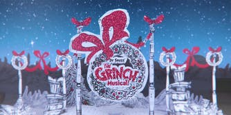 Dr. Suess Grinch musical title screen