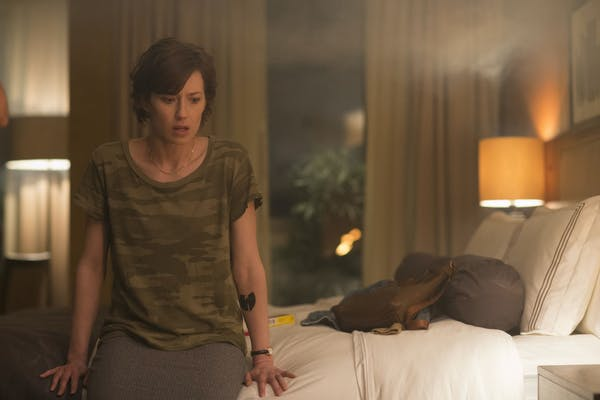 the leftovers nora durst in a hotel room