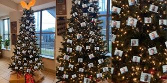 thugshots-mobile-alabama-sheriffs-christmas-tree