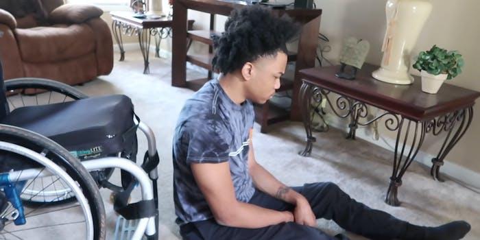 youtuber hiding disabled boyfriend's wheelchair