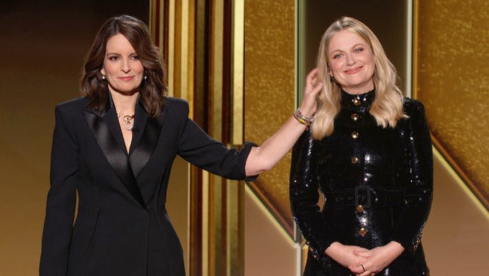 tina fey and amy poehler split screen during golden globes
