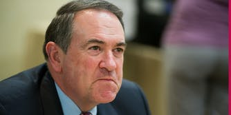 mike huckabee tweet decided to identify as chinese