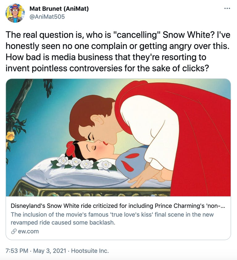 """The real question is, who is """"cancelling"""" Snow White? I've honestly seen no one complain or getting angry over this. How bad is media business that they're resorting to invent pointless controversies for the sake of clicks?"""