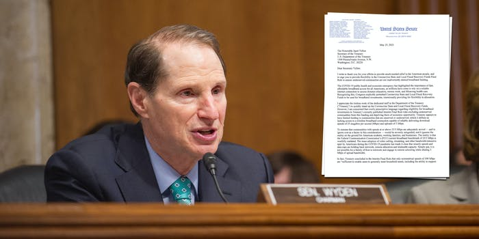 Sen. Ron Wyden speaking in Congress. Next to him is a screenshot of a letter he wrote to the Treasury Department regarding its broadband speed requirements for American Rescue Plan funding.