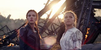 scarlett johansson (left) and florence pugh in black widow