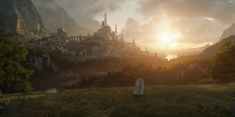 wide shot of fantasy setting in lotr series