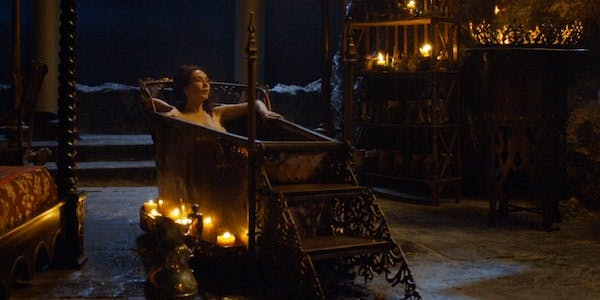 Melisandra of Game of Thrones bathes in a nude scene on HBO Now