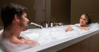 joymii - alexis and kristof in Bath Time