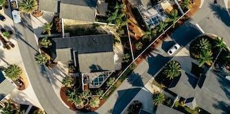 Overhead view of neighborhood, Voyage taxi