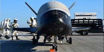 air force secret space plan spacecraft landing