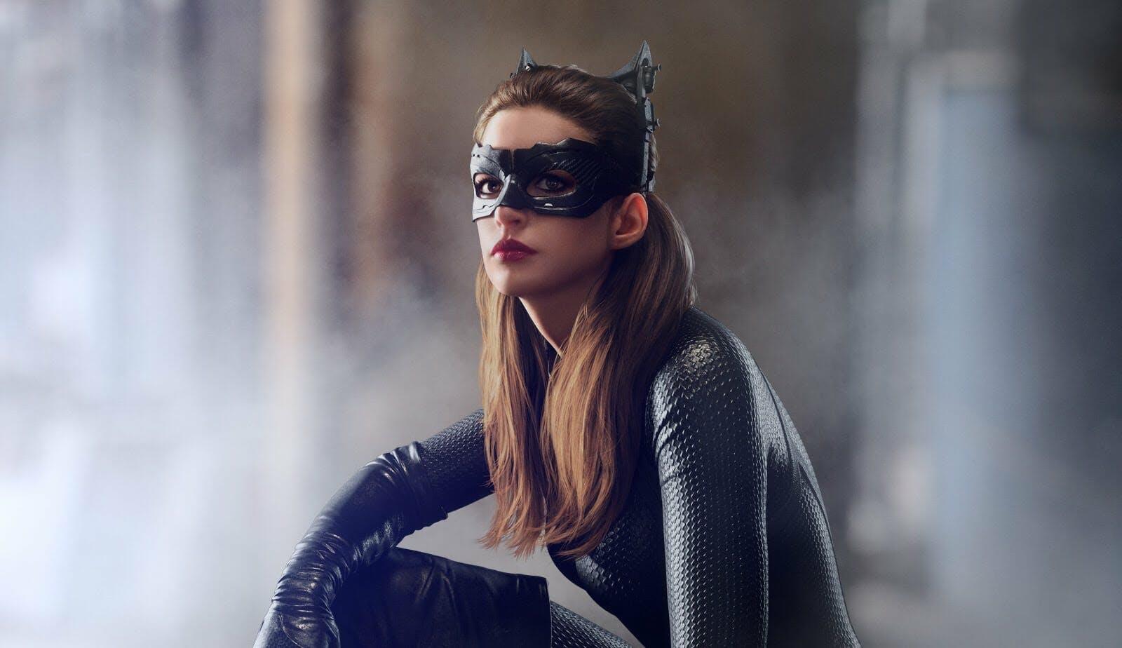 female superheroes : catwoman