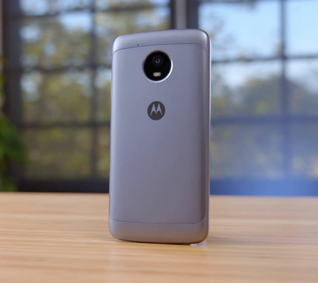 cheap android phones - motorola e4 plus smartphone