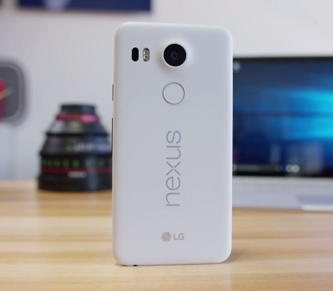cheap smartphone : lg google nexus 5x