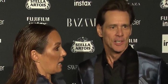Jim Carrey stuns an E! reporter with existential questions on the red carpet