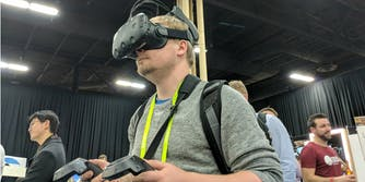 wireless vr head virual reality displaylink