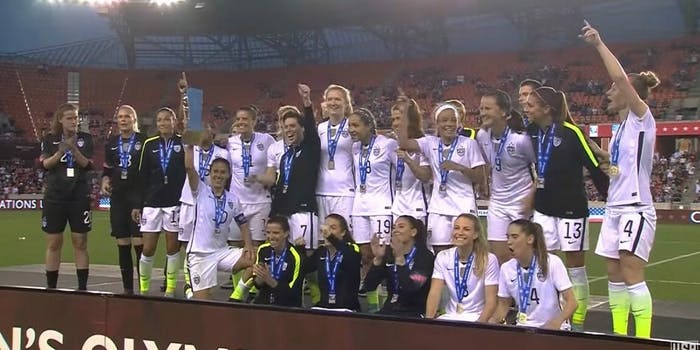 U.S. womens soccer team equal gender pay
