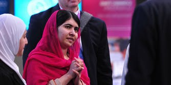 Malala Yousafzai with delegates at the Supporting Syria and the Region conference