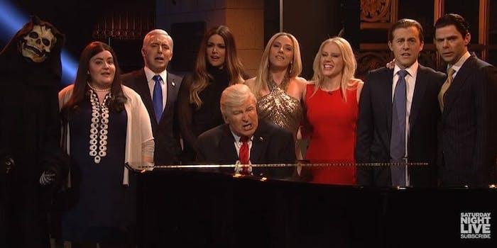 SNL Hallelujah Donald Trump season finale