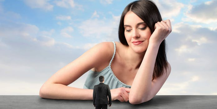 giantess tinder ban woman
