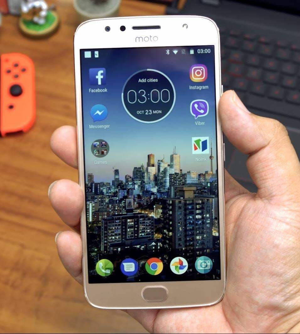 best cheap android phone - motorola moto g5s plus smartphone