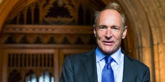 a better internet: Tim Berners-Lee arriving at the Guildhall