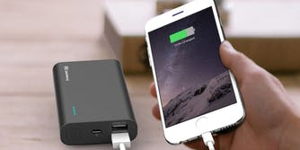 cheap phone charger: Jackery