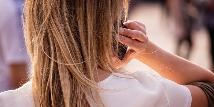 ringtones for android phone : Blonde woman on cellphone