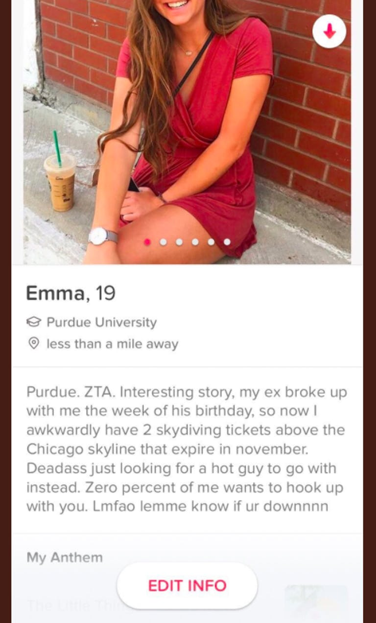 Emma Vowell Viral Tinder Skydiving Tickets