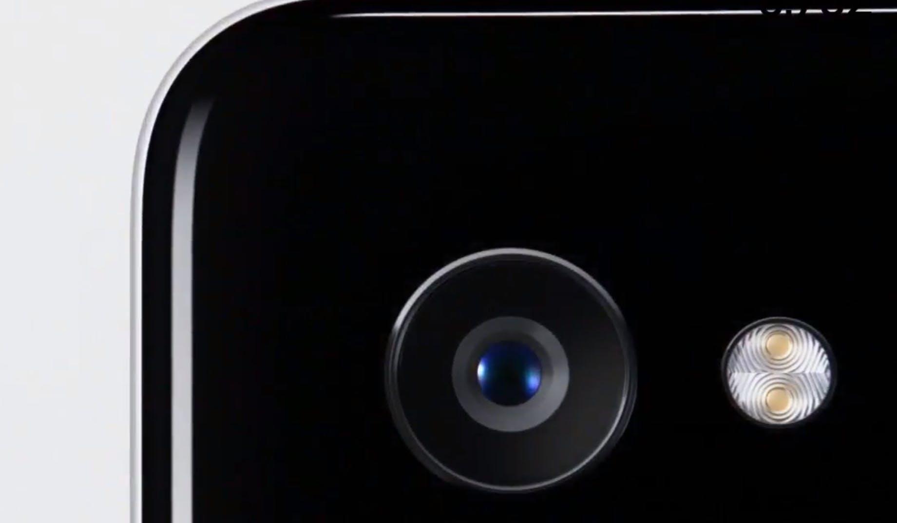 google pixel camera lens