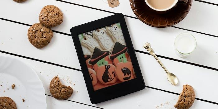 Kindle with Halloween cookies
