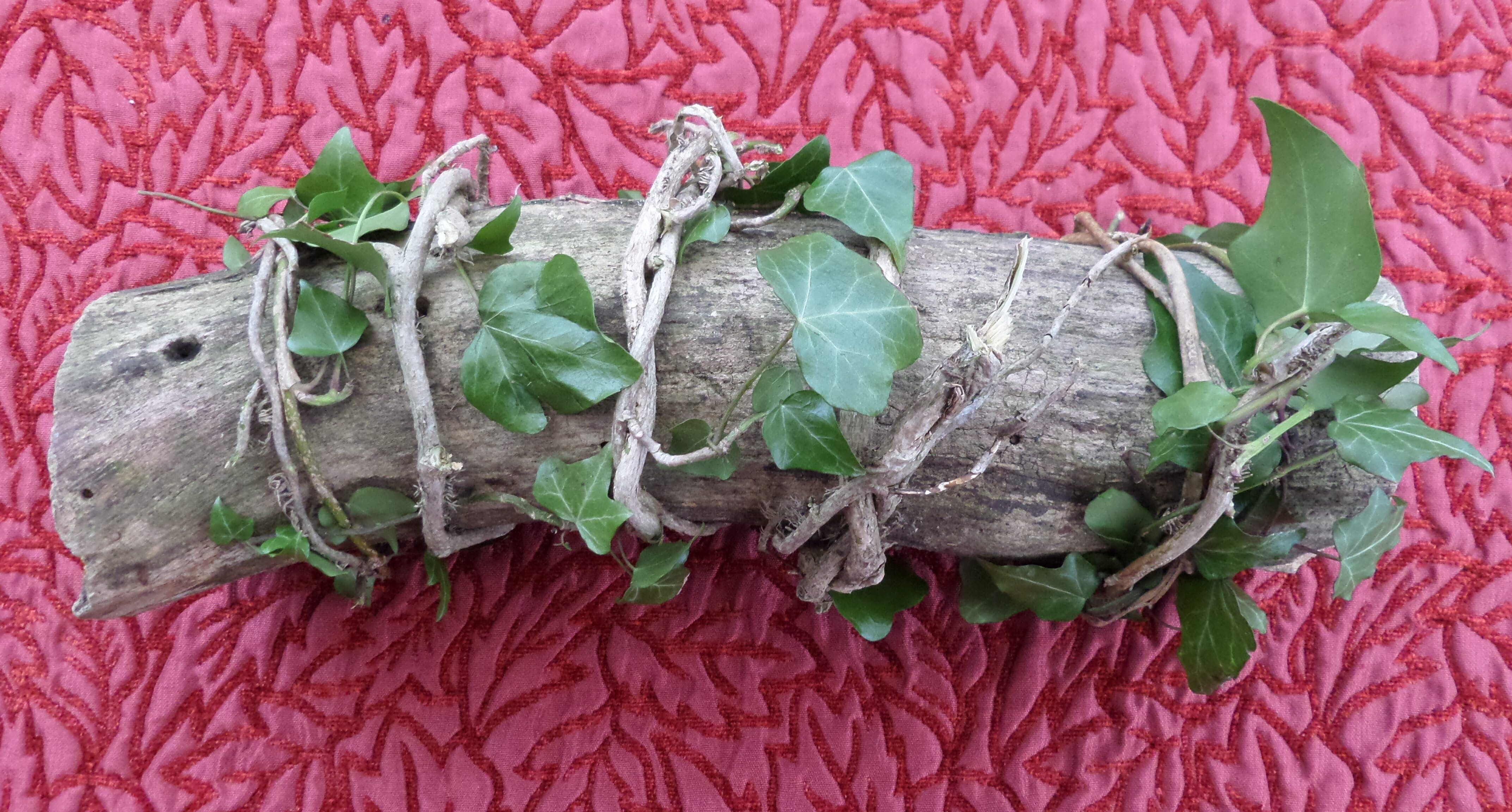 what do wiccans believe : yule