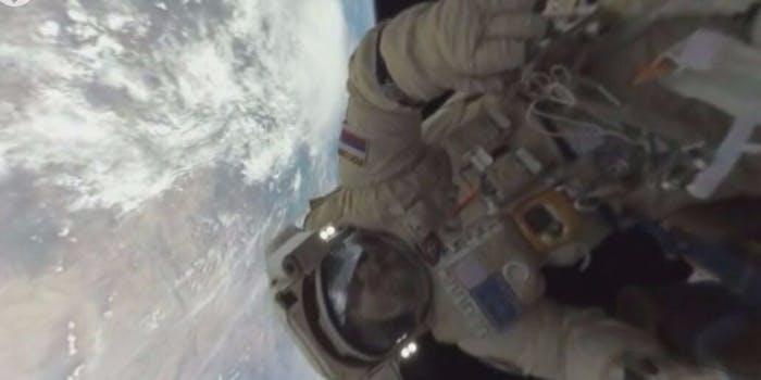 Russian spacewalk 360 degree video