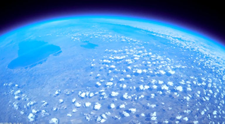 canadian students high altitude balloon images