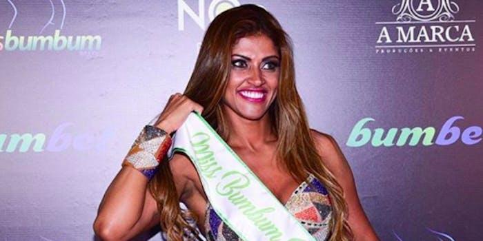 Brazil Miss Bumbum winner groped
