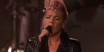 Pink singing Everybody Hurts