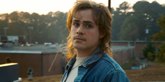 billy from stranger things says he's not racist