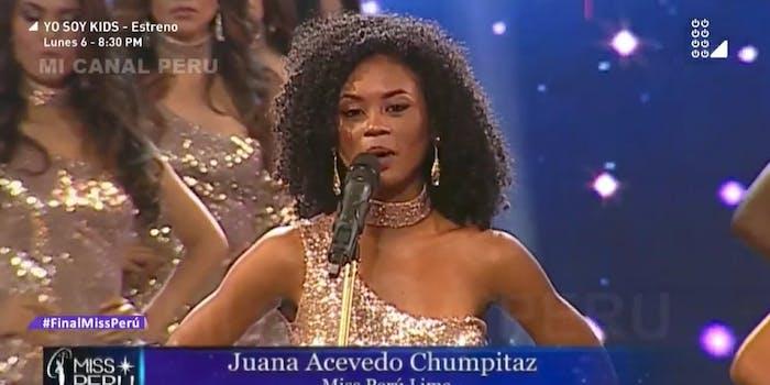 Miss Peru Contestant Juana Acevedo sharing her 'femcide' statistic as her body measurement.