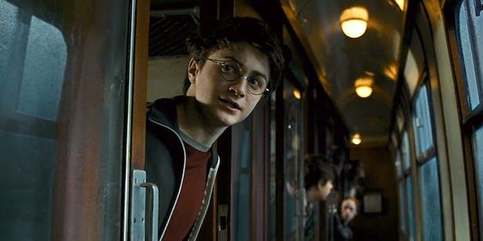 Harry Potter on train