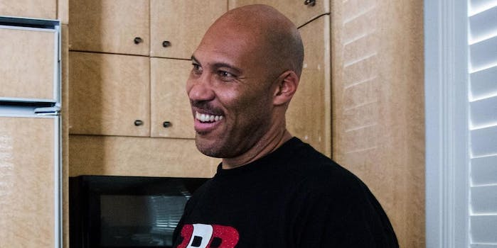 People are mixing up LaVar Ball and LeVar Burton.