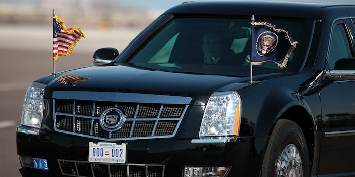 Flags waving on Presidential limousine